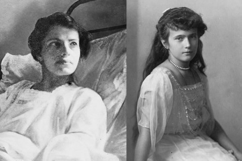 Anna Anderson on the left and Grand Duchess Anastasia on the right